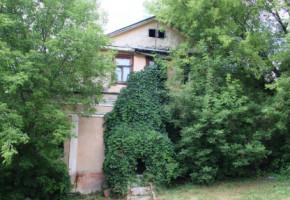 В Калуге прошел субботник возле дома Унковского