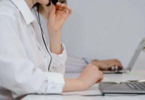 Калужане могут задать вопросы о Всероссийской переписи населения по телефону горячей линии